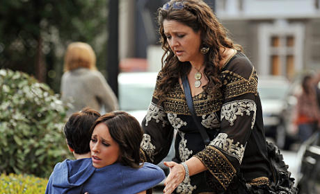 "The Ghost Whisperer Review: ""Dead Ringer"""