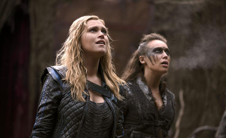The 100 Season 2 Episode 14 Review: Bodyguard of Lies
