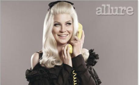 Blonde Ellen Pompeo