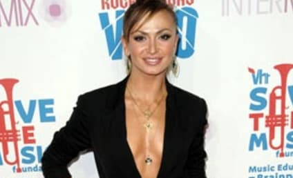 Karina Smirnoff and Maksim Chmerkovskiy: Engaged!