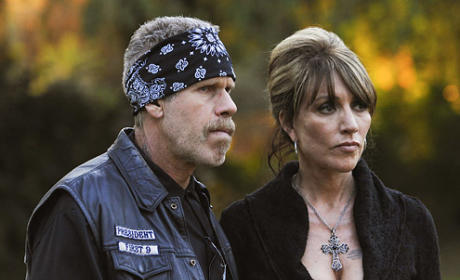 Sons of Anarchy to Introduce Gemma's Father on Season Three