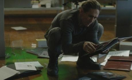 Helix: Watch Season 1 Episode 11 Online