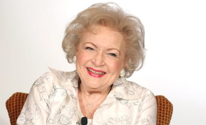 Bones Season 11 Casting News: Betty White Joins the Squinterns!
