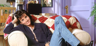 Courteney Cox Promo Pic - Friends