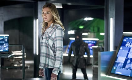 Arrow Photos: Laurel's Last Stand?