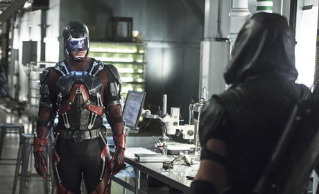 Arrow and Atom Season 4 Episode 6