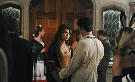 Delena Halloween Costume: Revealed!