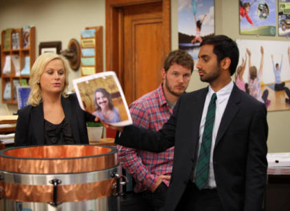 Watch Parks and Recreation Season 3 Episode 3 Online