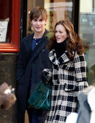 Leighton and Chace as Blair and Nate