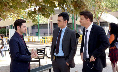 Aubrey and Booth Investigate - Bones Season 10 Episode 12