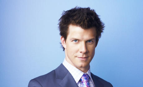 Eric Mabius to Own Strip Club on Chicago Fire Season 3