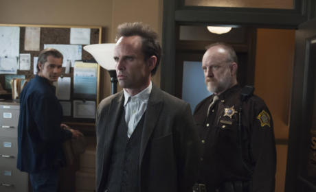 Justified Review: The Game is a Foot