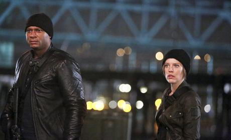 Watch The Flash Online: Season 2 Episode 15
