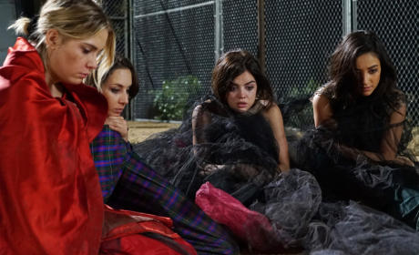How Do We Start A Fire - Pretty Little Liars Season 6 Episode 1