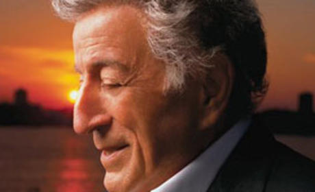 "Tony Bennett Criticizes American Idol, Music, Marketing Process as ""Cruel"""