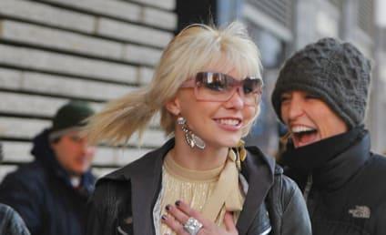 Taylor Momsen's Surprise on the Set