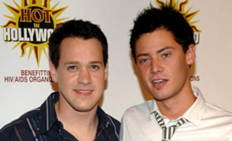 T.R. Knight Shoots Down Wedding Rumors