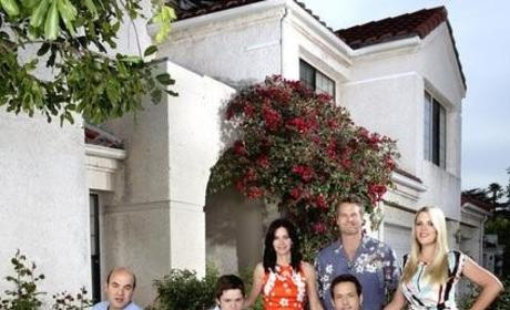 Eventually Coming to Cougar Town: Lots of Friends