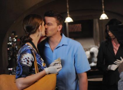 Watch Bones Season 9 Episode 7 Online