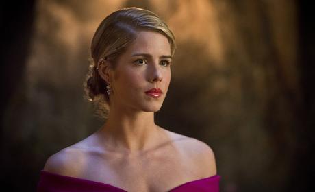 Pretty in pink - Arrow Season 4 Episode 20