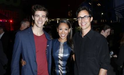 Grant Gustin Teases The Flash Suit, A Different Barry Allen, Felicity Crossover & More