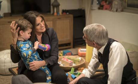 Law & Order: SVU Season 17 Episode 20 Review: Fashionable Crimes