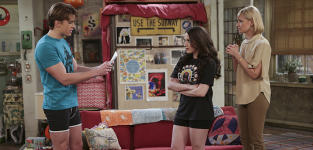 Acting Mangers - 2 Broke Girls