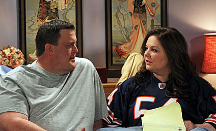 Mike & Molly Review: Food And Love
