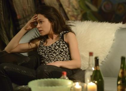 Watch Orphan Black Season 1 Episode 2 Online