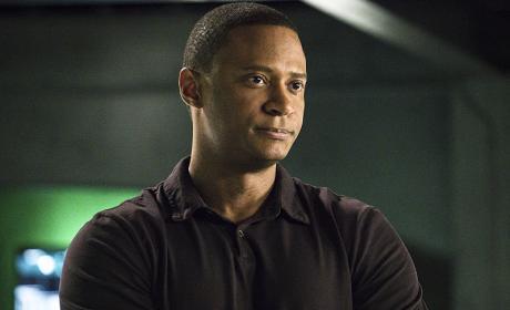 Diggle Digs - Arrow Season 4 Episode 11