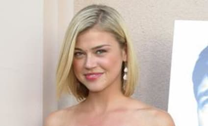 "Adrianne Palicki to Star in ""The Stepfather"""
