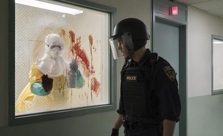 Containment Season 1 Episode 1 Review: Pilot