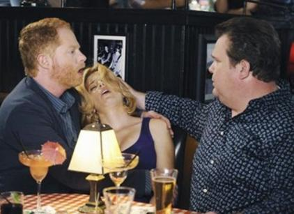 Watch Modern Family Season 1 Episode 8 Online