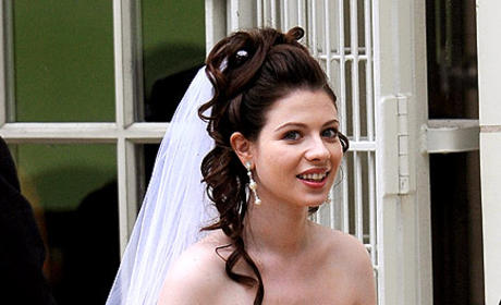 Spotted: Michelle Trachtenberg ... in a Wedding Dress