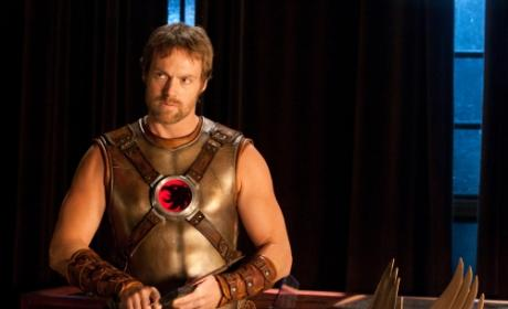 "Smallville Sneak Peek: Photos from ""Absolute Justice"""