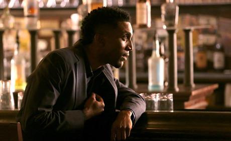 Posing as Vincent - The Originals Season 2 Episode 3