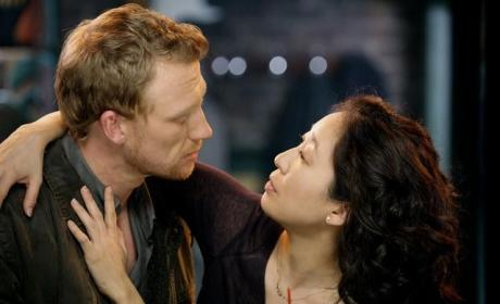 Grey's Anatomy Scoop: Hope For Owen & Cristina?