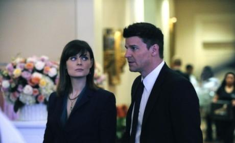 Bones Review: Happy Valentine's Day Massacre!