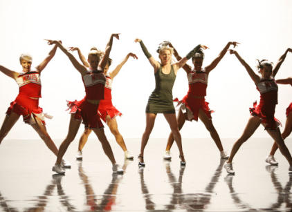 Watch Glee Season 3 Episode 17 Online