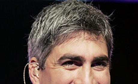 Taylor Hicks Talks Music, Life With EW