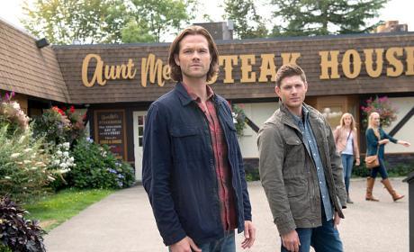 Sam and Dean at the Steak House - Supernatural Season 11 Episode 4