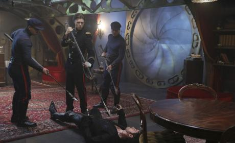 """Once Upon a Time Photos from """"Dark Waters"""""""