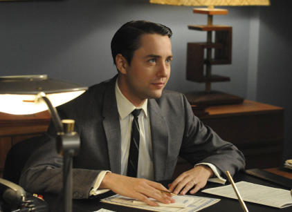 Watch Mad Men Season 4 Episode 4 Online