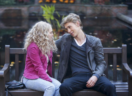 Watch The Carrie Diaries Season 1 Episode 3 Online