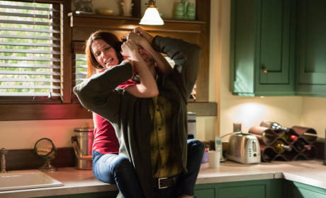 Grimm Review: True Colors