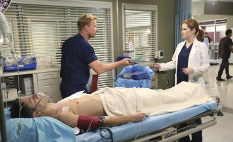 Owen and April - Grey's Anatomy Season 11 Episode 1