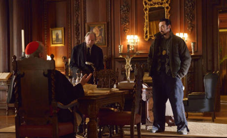 The Strain Picture Preview: Mother's Extreme Makeover
