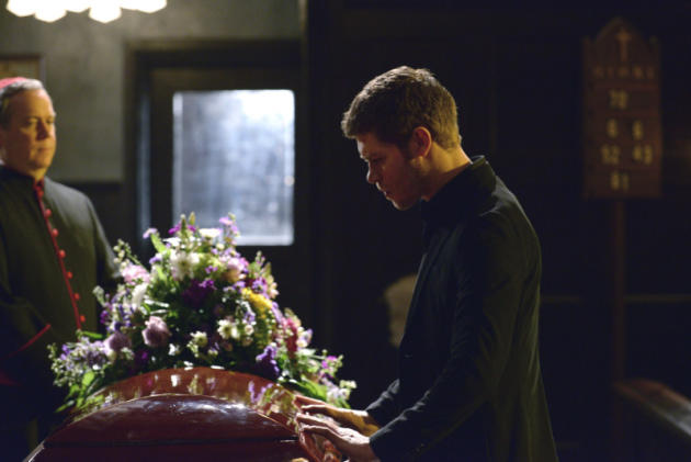 Klaus in Mourning