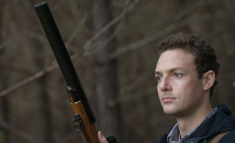Aaron with a Gun - The Walking Dead Season 5 Episode 13