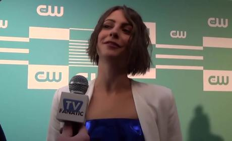 Willa Holland Teases Arrow Origin Story, Season 4